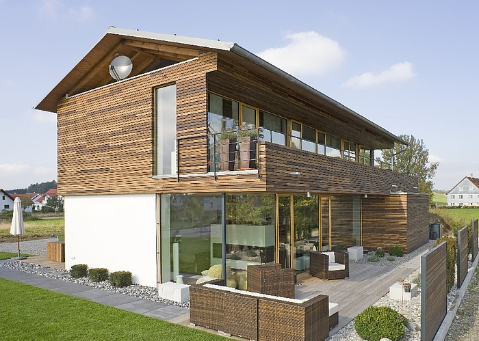 Moderner holzhausbau for Holzbungalow modern